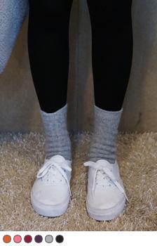 Twist Knit Crew Length Socks
