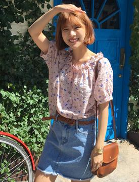 Bloom banding off shoulder blouse_B (size : free)