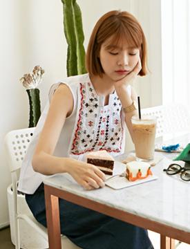 Ethnic needle flare blouse_Y (size : free)