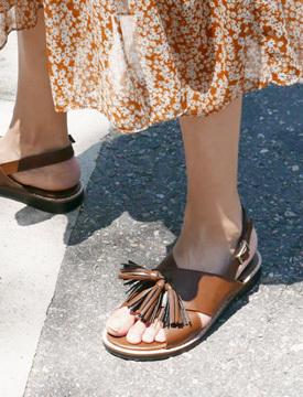 Tassel cover sandal_P (size : 230,235,240,245,250)