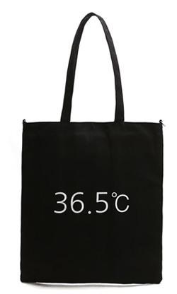 36.5 Tote bags