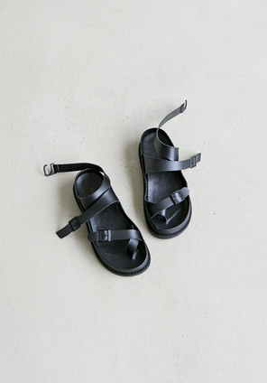 ANKLE BUCKLE STRAP SANDAL
