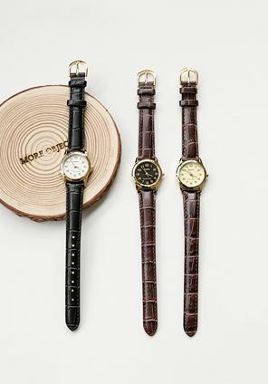 韓國空運 - 3色款金色圓框仿皮手錶