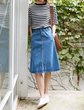 A basic denim skirt_P (size : S,M)