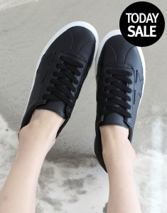 Starning Sneakers