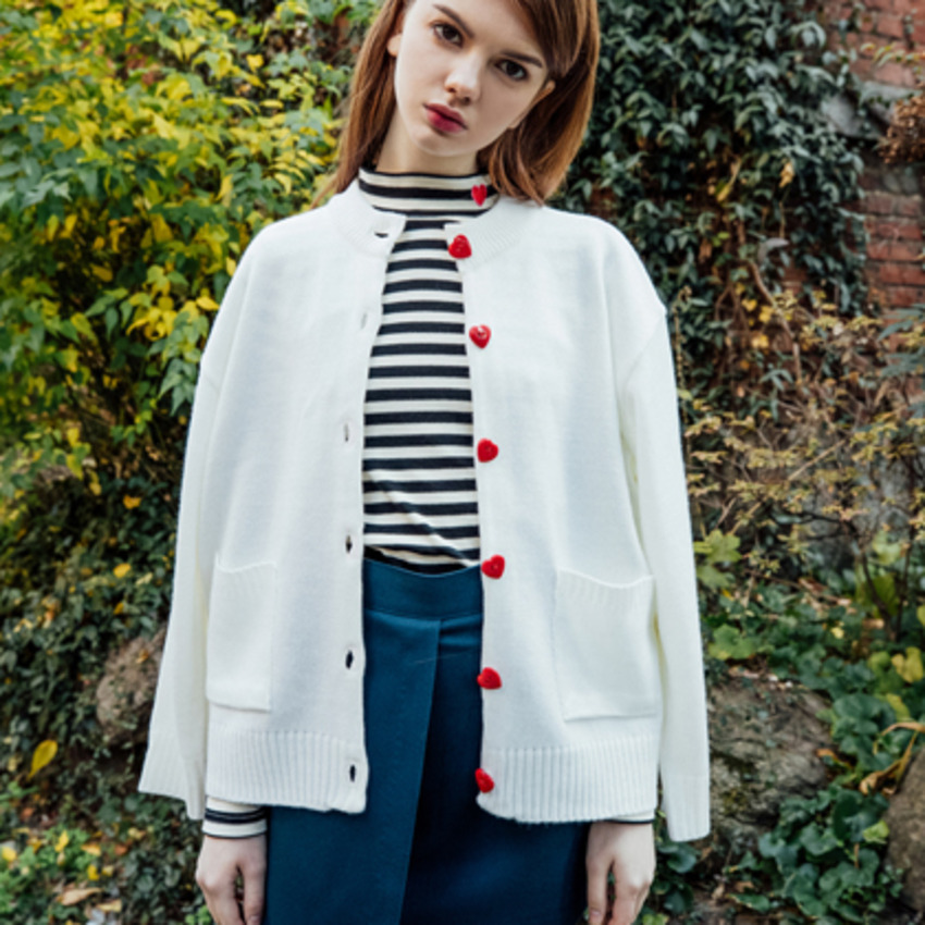 Heart Button Cardigan (Ivory)
