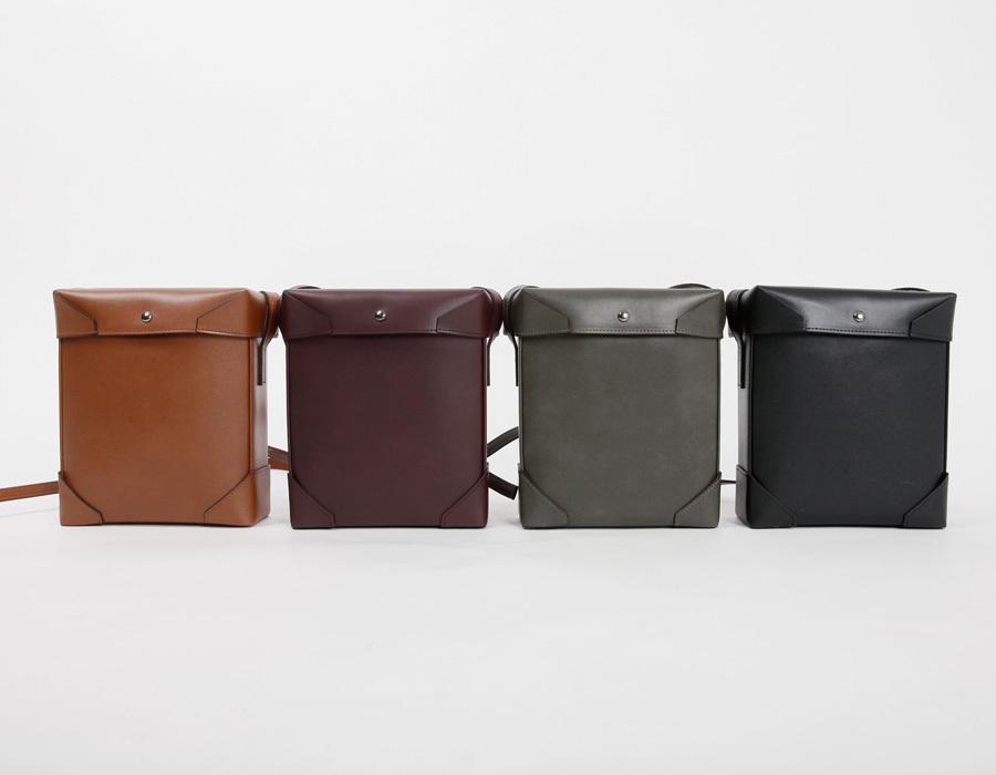 Present box cross bag_M (size : one)