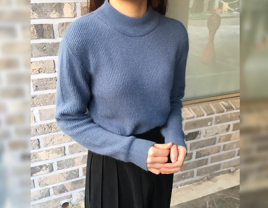 Wine half-neck angora knit_H (size : free)