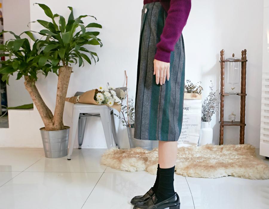 Vertical woolen wrap skirt_H (size : free)
