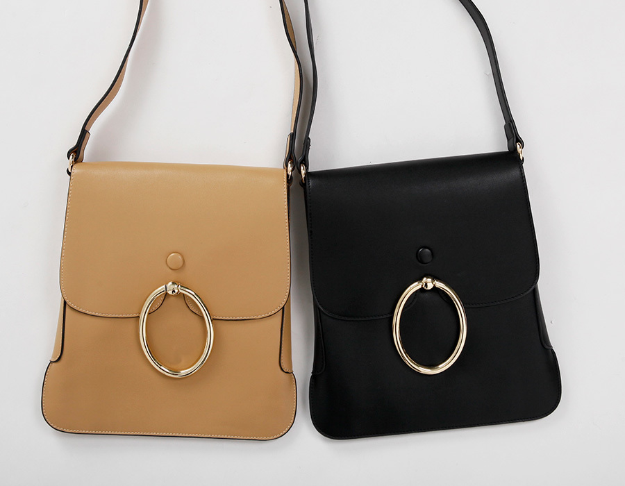 Ring strap angle bag_K(size : one)
