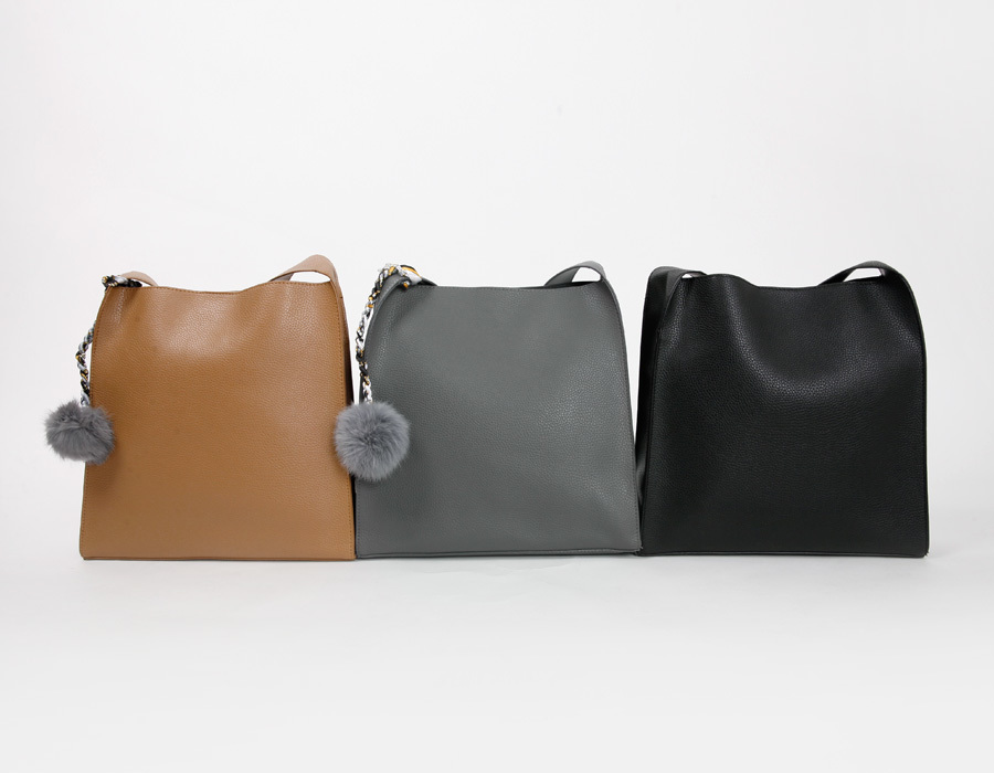 Cost angle shoulder bag_M (size : one)