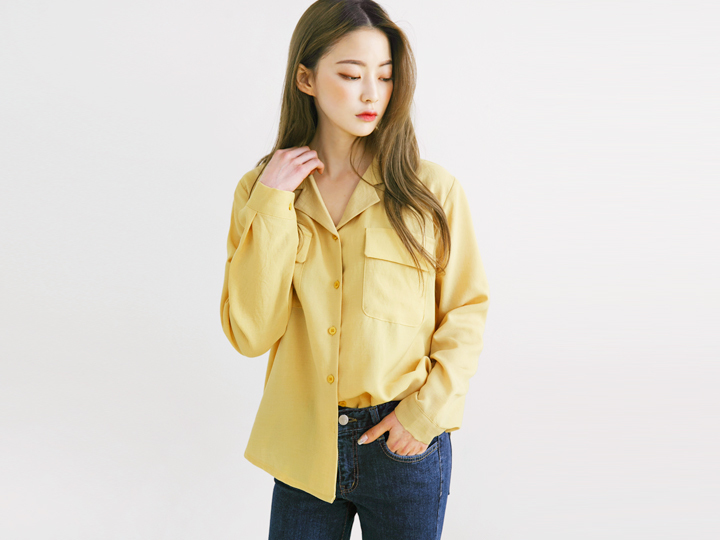 TAILORED COLLAR BLOUSE