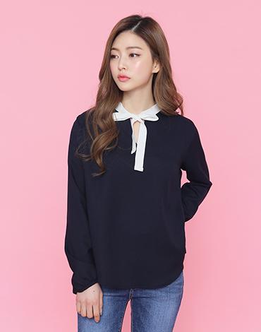 Ribbon neck blouse