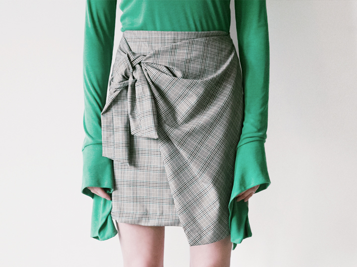 RIBBON WRAP CHECK SKIRT