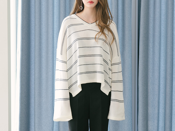 UNBAL STRIPE V-NECK KNIT