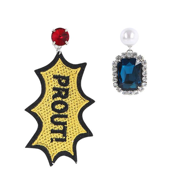 Blue crystal unbal earring