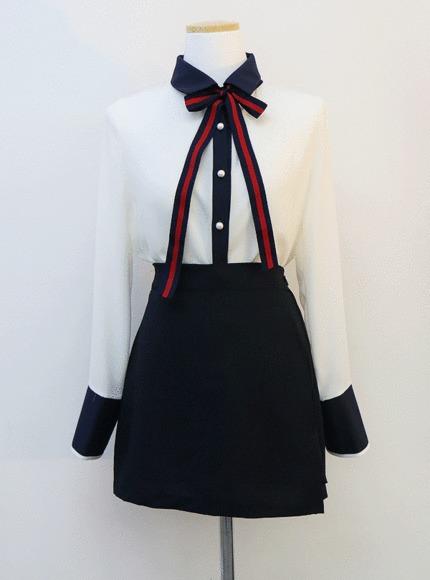 Pearl ribbon blouse