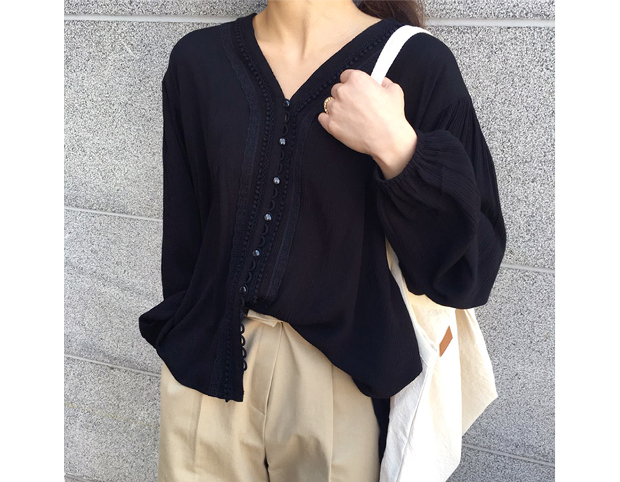 Fragrant lace blouse_B (size : free)
