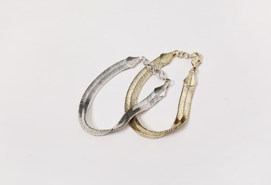 Snake antique bold bracelet_H (size : one)