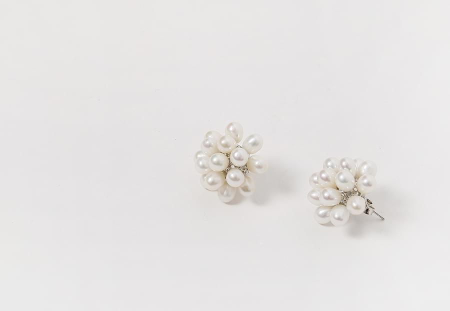 Pearl bloom earring_H (size : one)
