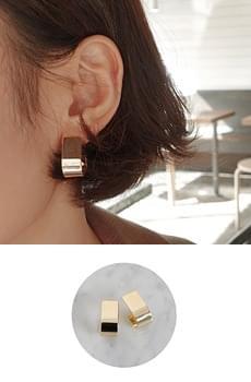 Zem No.123 (earring)