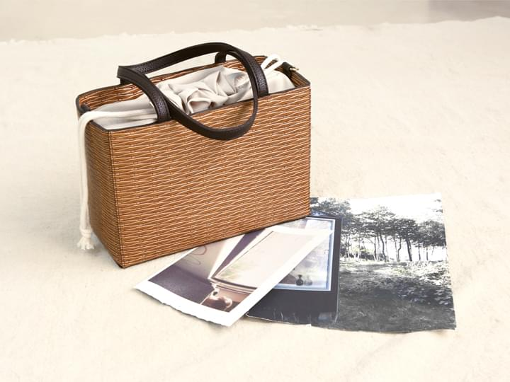 BASKET STRAW POUCH TOTE BAG