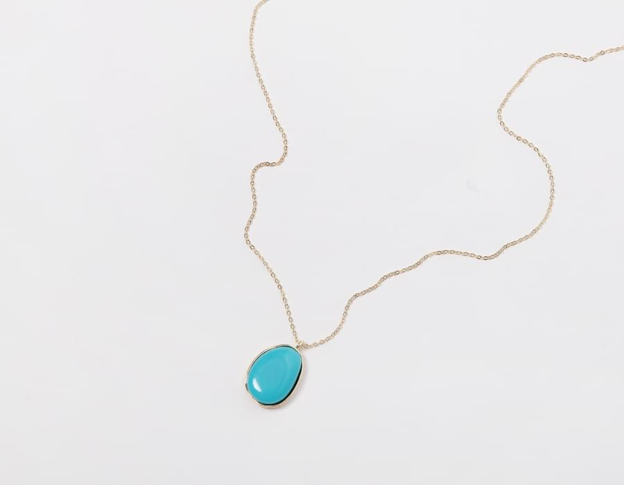 Emerald stone necklace_H (size : one)