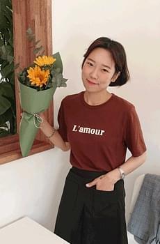 Lamour-printing T-shirt