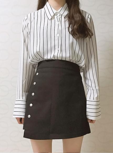 Striped calla blouse