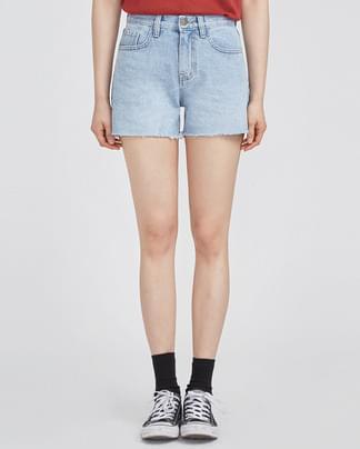 basic design short denim pants