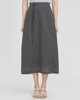 strap point semi A-line skirts (3 colors)
