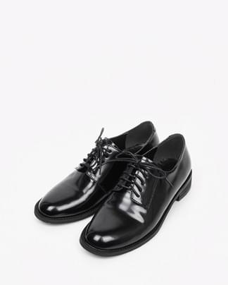 classic simple loafer