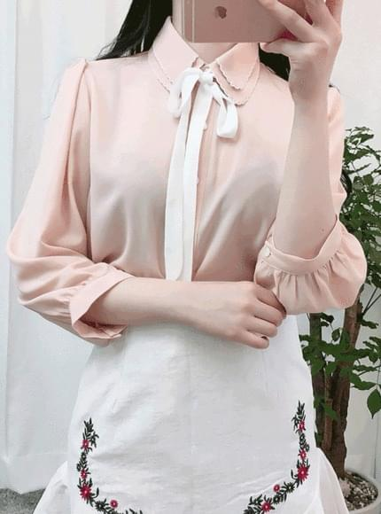 Double colored blouse