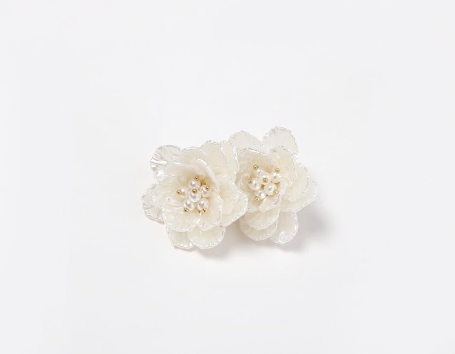 Lucia bloom earring_M (size : one)