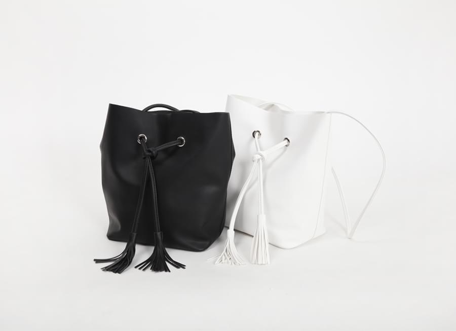 Rope tassel midi bag_B (size : one)