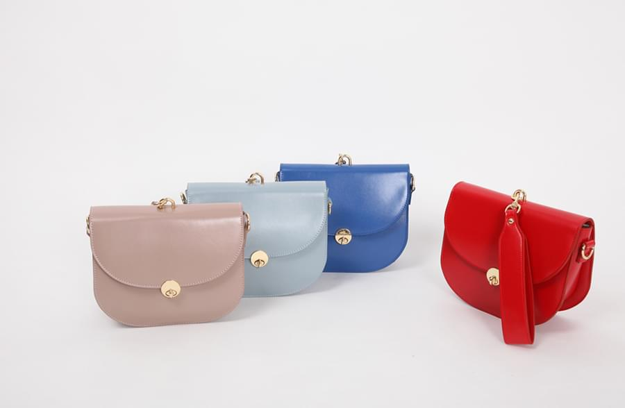Awesome half moon bag_H (size : one)