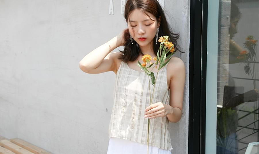 Stay check sleeveless top_H (size : free)