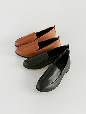 simply modern loafer