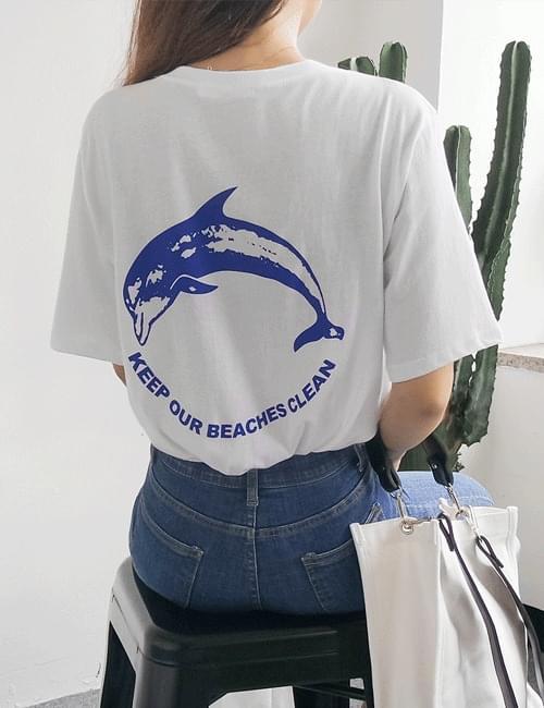 Dolphin round tee