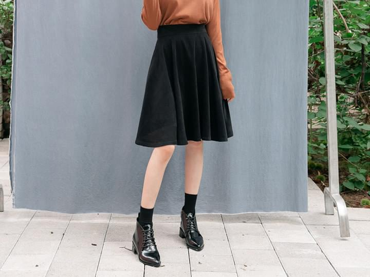 SUEDE BANDING FLARE SKIRT