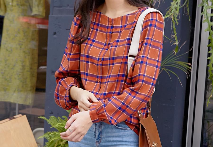 Lip neck check blouse_H (size : free)