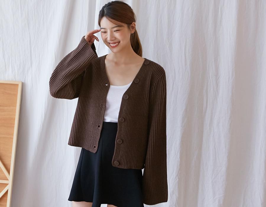 Button golgi knit cardigan_K (size : free)