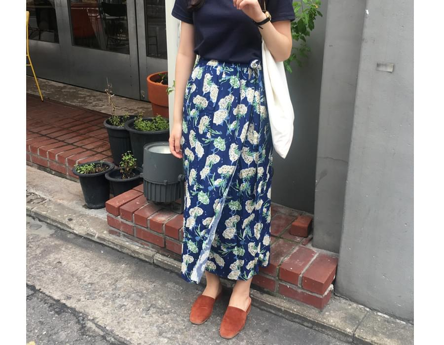 Accent flower wrap skirt_K (size : free)