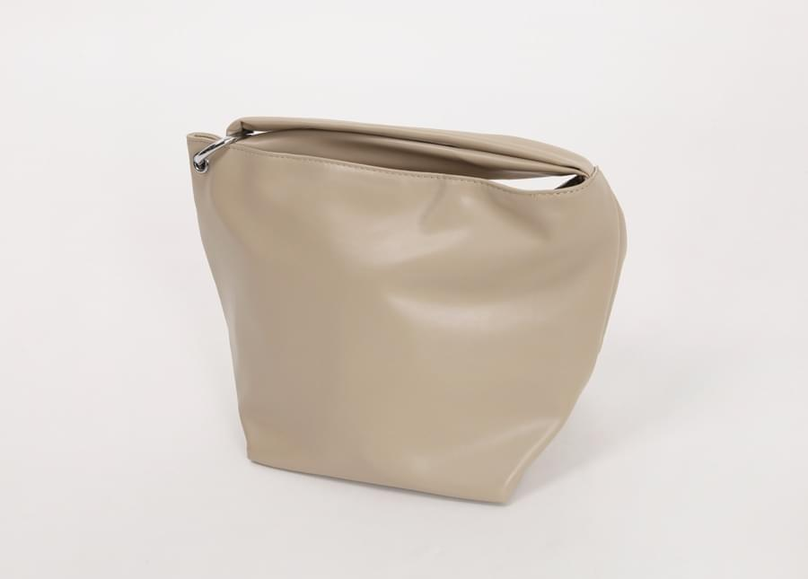 Ring handle clutch bag_H (size : one)