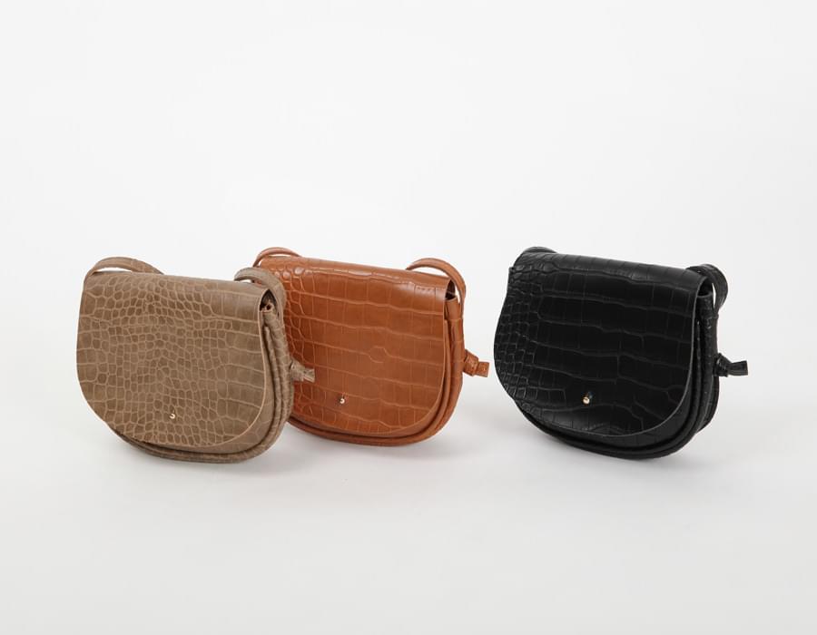 Crack leather mini bag_M (size : one)