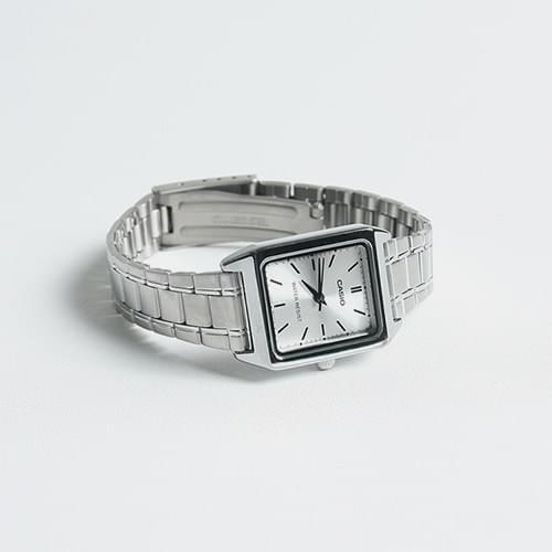 Casio LIP-V007D-7E watch
