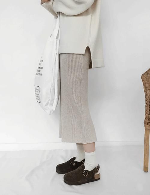 Ram knit long skirt