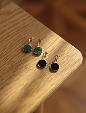 simply circle earring