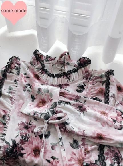 Self-produced ♡ lace flowers flower velvet bl