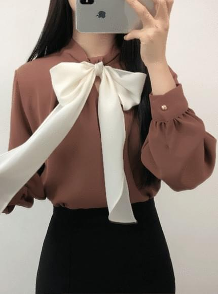 Jelly ribbon blouse